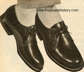 Two Eyelet Tie Shoe 1954