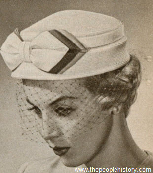 Bow Toque 1959