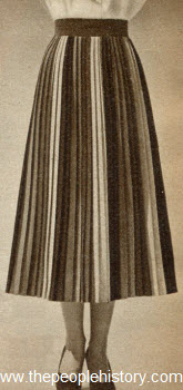 Multi-Color Pleated Skirt 1950