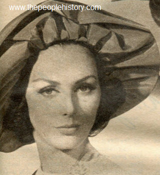 1962 Dramatic Bouffant Hat