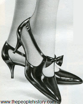 1966 Strap And Bow Shoe