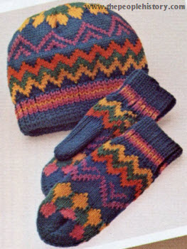 Cap and Mitten Set 1974