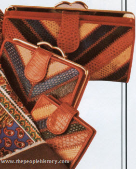 Chevron Pattern Purse Mates 1974